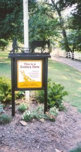 Harris Farm Century Farm Sign, Hardeman County